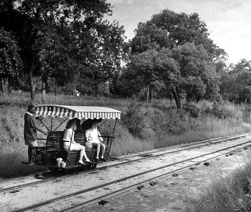 Victoria Falls-Park 1947 a man-powered trolley